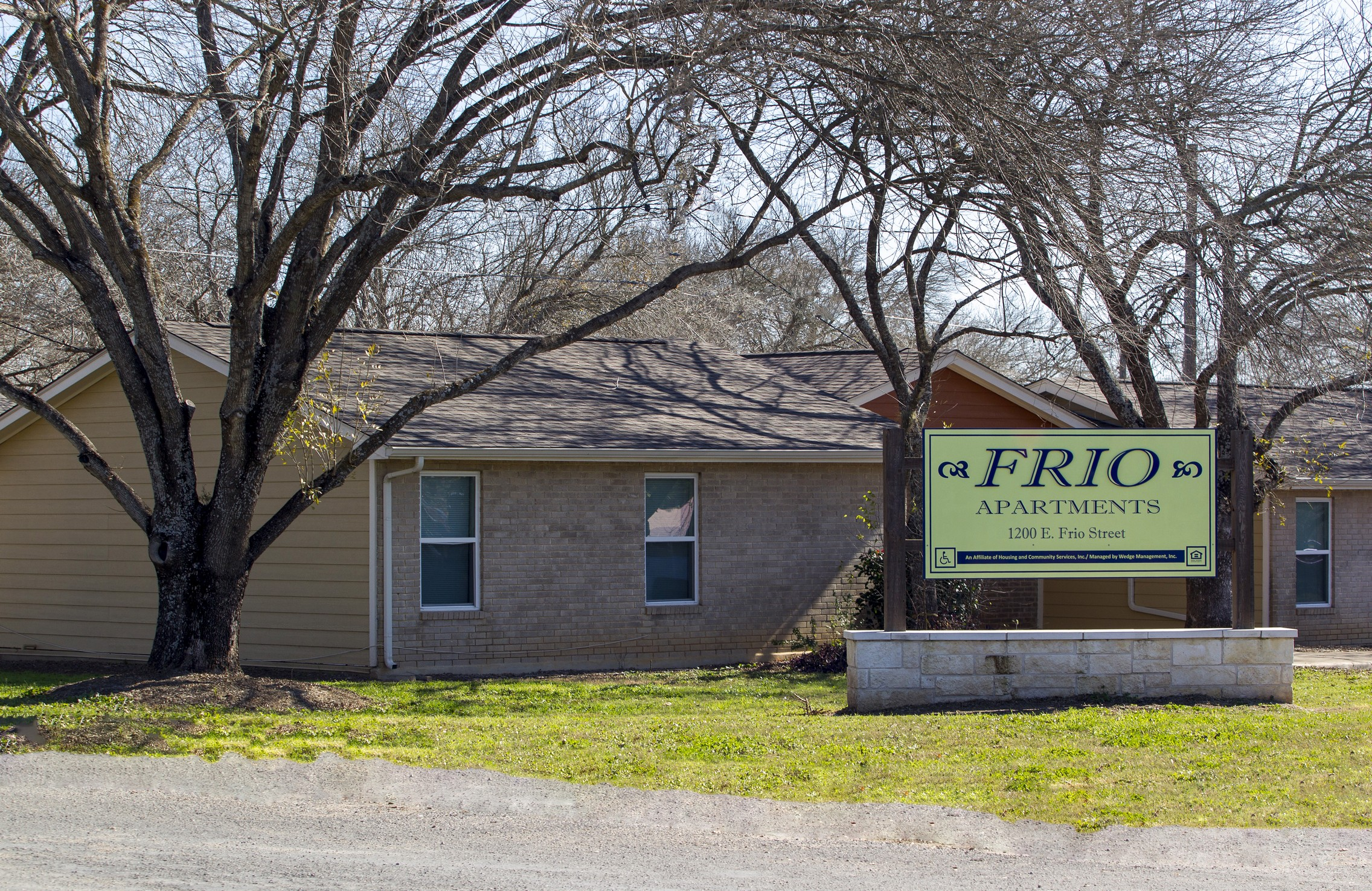 Frio Apartments