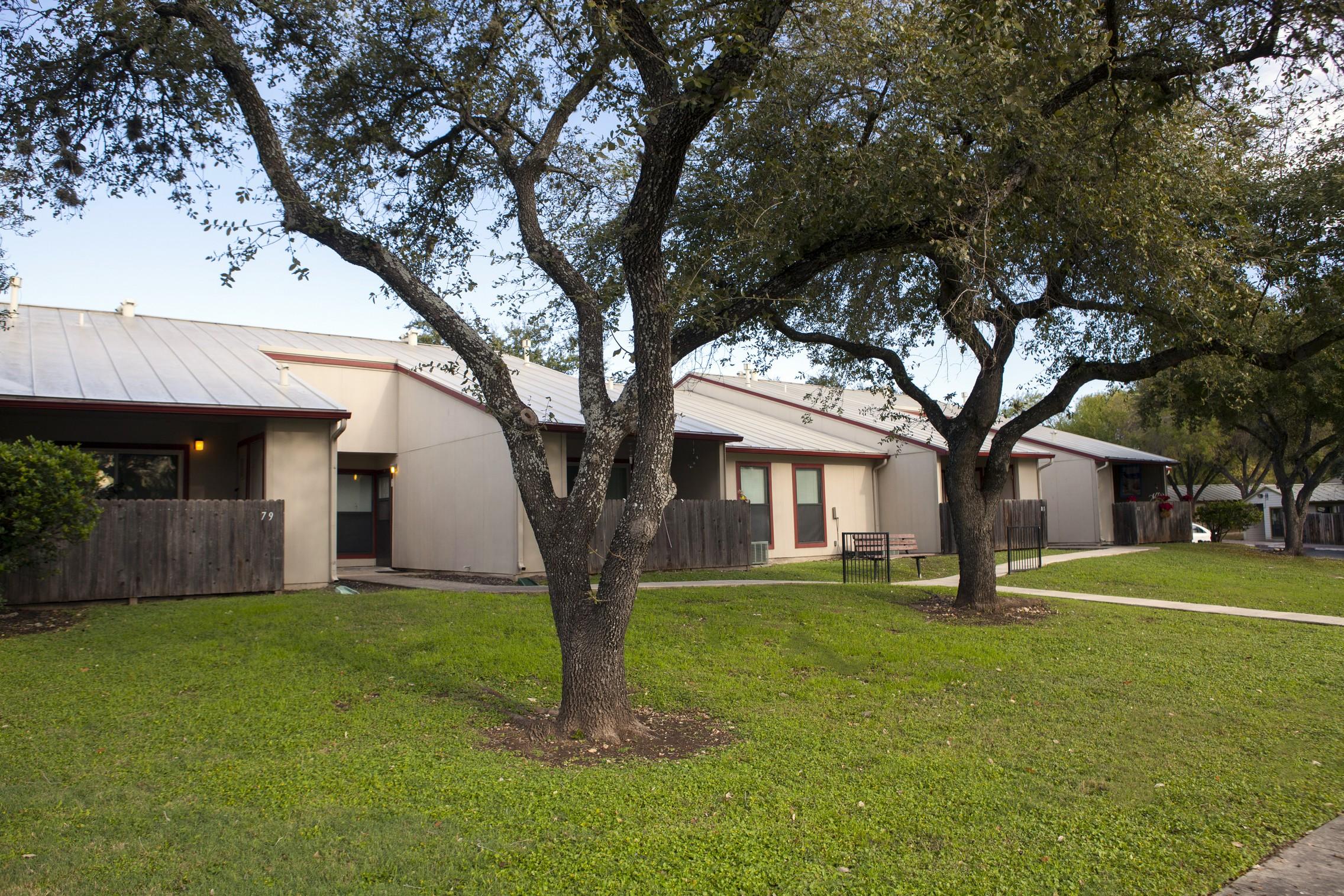 Country Club Village Apartments Prospera Housing