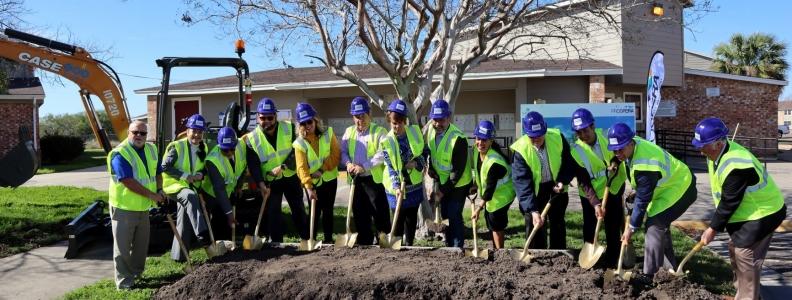 Groundbreaking Held for Reconstruction of Casa de Manana Apartments (Corpus Christi)